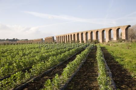 felice aqueduct along the via appia