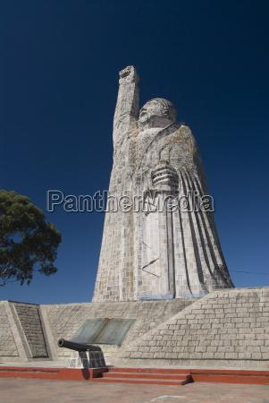 statue of jose maria morelos a
