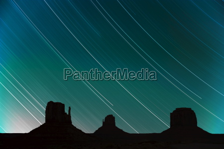 long exposure of star trails in