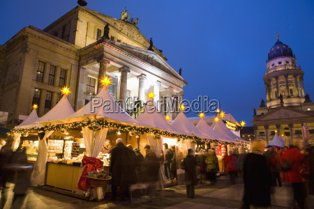 gendarmen markt christmas market franz dom