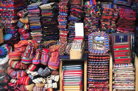 textiles souvenirs handicraft market antigua guatemala