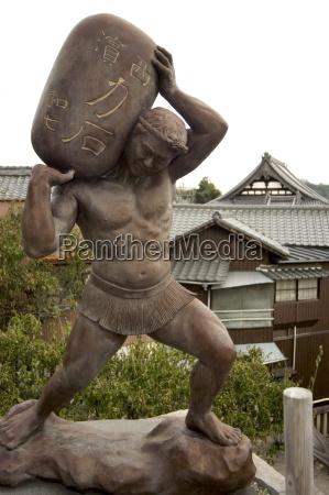 strong statue tenmangu jinja shrine onomichi