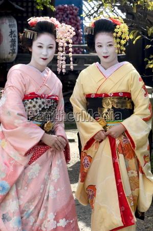 geisha maiko trainee geisha in gion