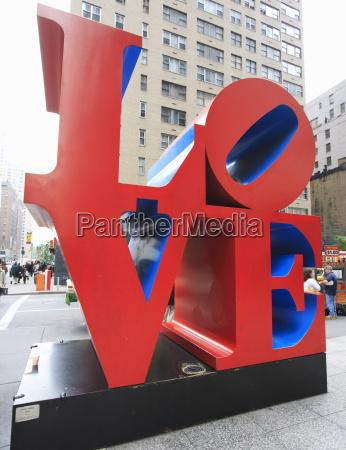 the pop art love sculpture by