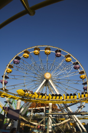 a rollercoaster at the santa monica