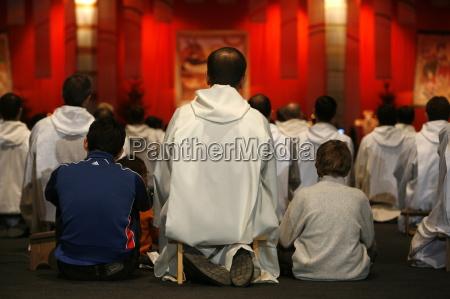 prayer at taize meeting geneva switzerland