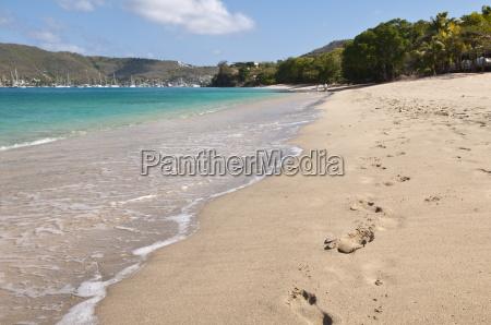 princess margaret beach bequia st vincent
