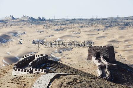 great wall of china at tengger