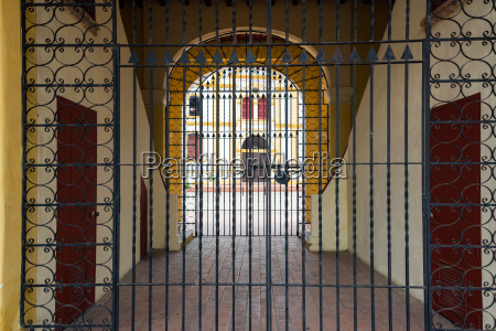 closed gate in mompox colombia