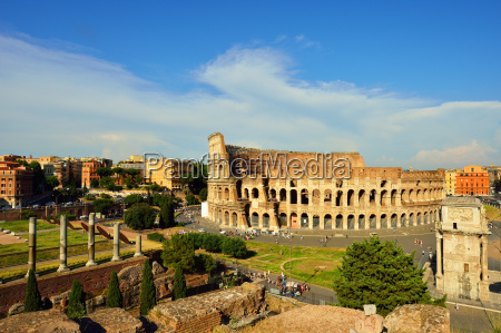 roman forum colosseum and arch of