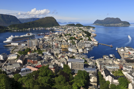 view from aksla hill over alesund