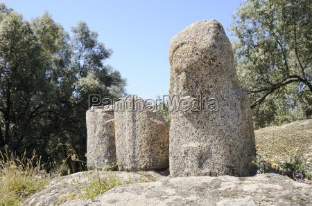 carved bronze age granite statue menhirs