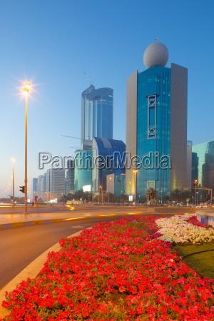 contemporary architecture on rashid bin saeed