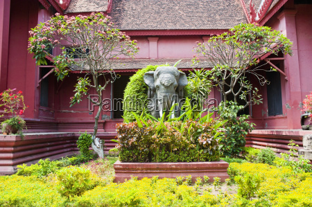 elephant statue outside the national museum