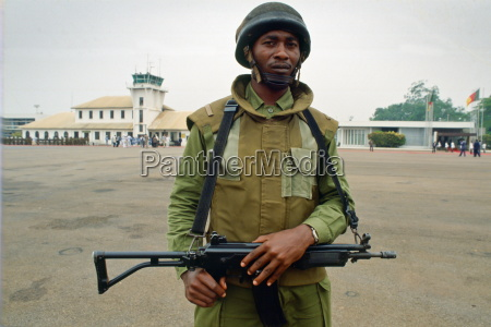 soldier cameroon africa