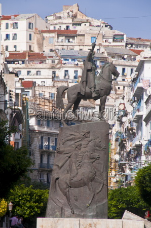 the statue of abdel kader at