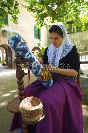 weaving sa granja mallorca spain europe