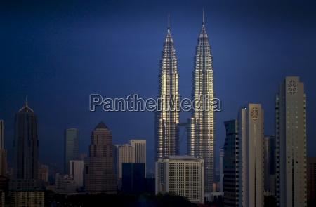 the petronas twin towers in kuala