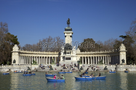 visitors and tourists enjoy the boating