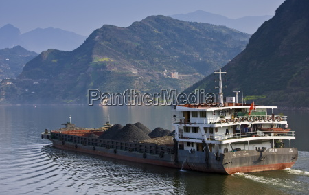 transportation of coal by boat in