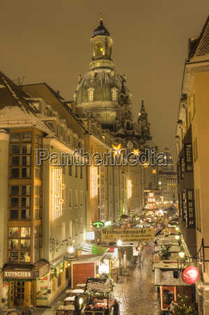 manzgasse christmas market with the frauenkirche