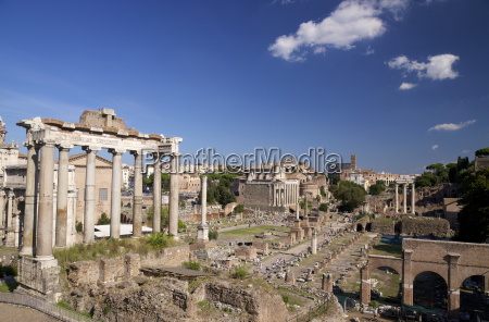 temple of saturn and roman forum
