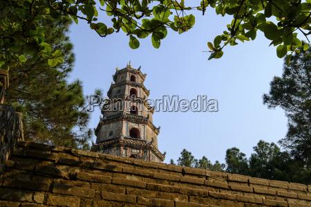 thien mu pagoda built in 1844