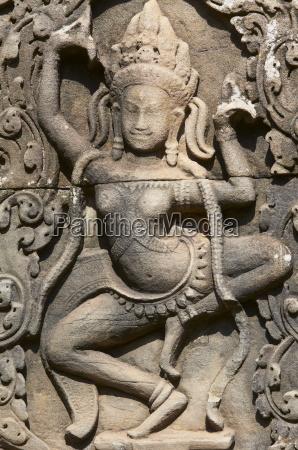detail of apsara relief sculpture bayon