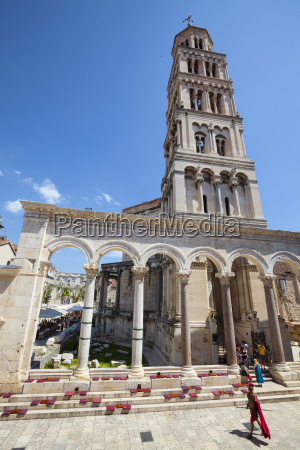 st domnius cathedral bell tower and