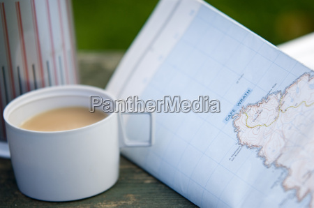tea and walkers map with flask