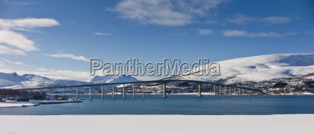arctic landscape sandnesundbrua bridge joining kvaloya