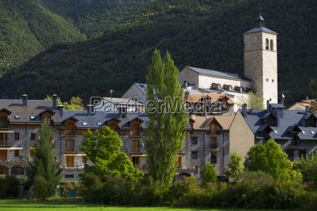 new development in town of biescas