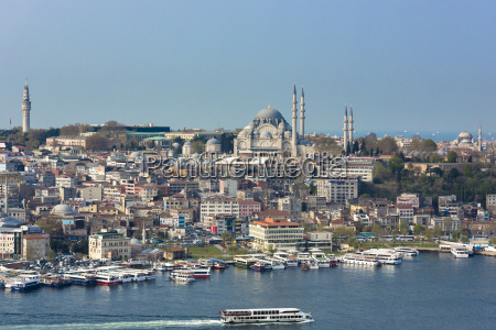 skyline cityscape and the blue mosque