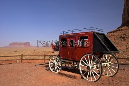 stagecoach gouldings trading post monument valley
