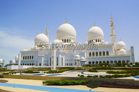 sheikh zayed grand mosque abu dhabi