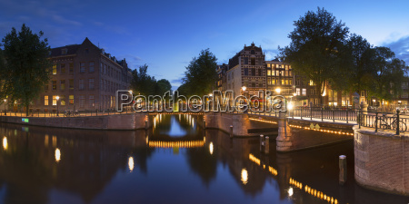 prinsengracht canal at dusk amsterdam netherlands