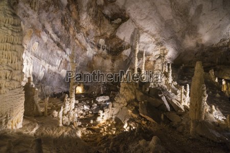 the natural show of frasassi caves