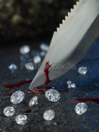 knife with blood and diamonds