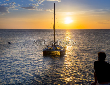 jamaica negril sailing boat near ricks