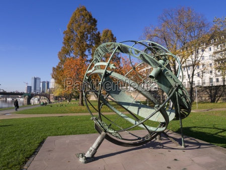 germany, , hesse, , frankfurt, , equatorial, sundial, at - 21050059