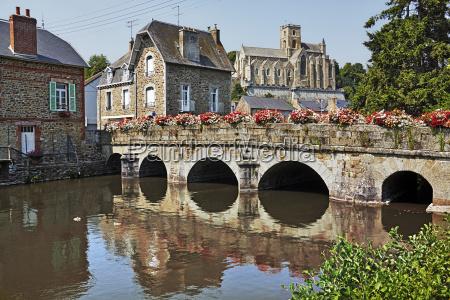 france bretagne lamballe stone bridge houses