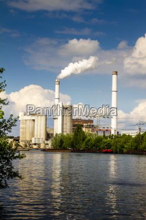 fumo ambiente industria nuvola berlino germania