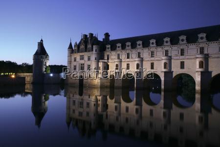 france chenonceaux view to chateau de