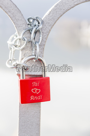 red love lock with names