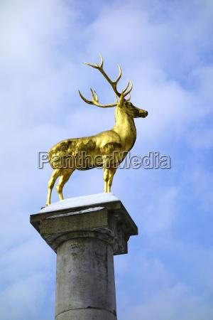 statue sky skulptur gylden berlin tyskland