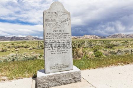 usa wyoming split rock historical landmark