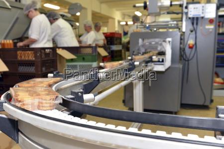 avoro industria germania produzione pacchetto fabbrica