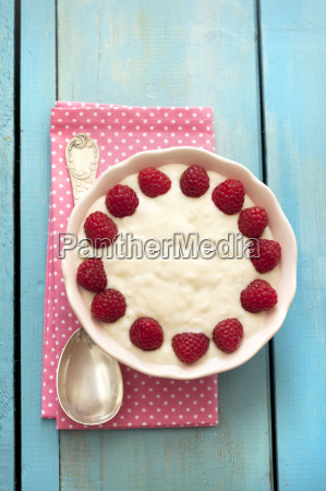 rice pudding in bowl close up