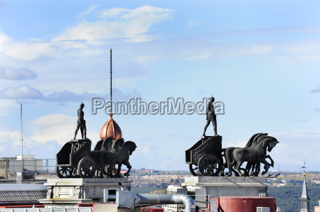 spain madrid neoclassical quadriga sculpture on