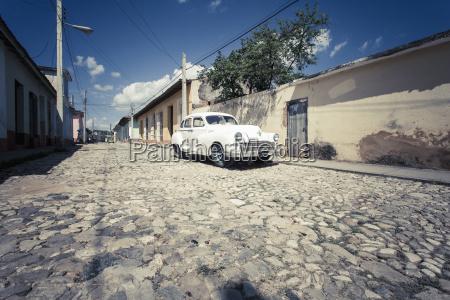 cuba parking white vintage car on